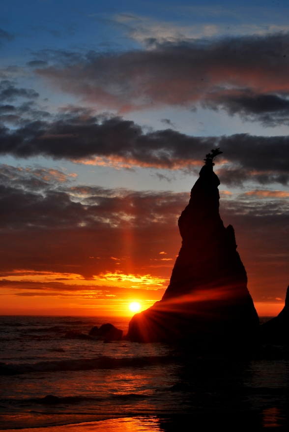 sea stacks-sunset at rialto beach-olympic national park